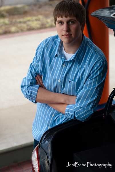 Nathan Volmering Senior Portraits-23