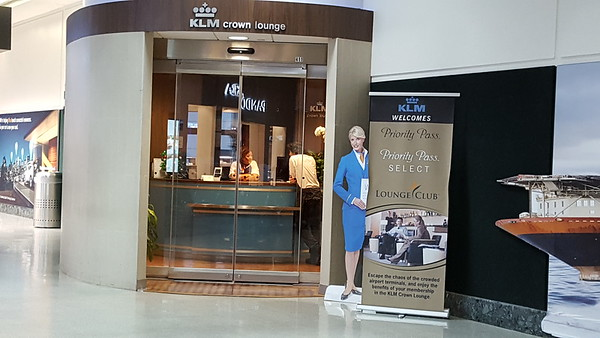 2016 Houston KLM Lounge (Priority Pass)