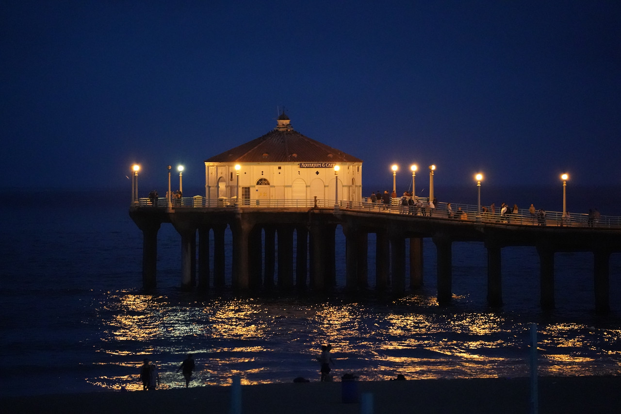 The Manhattan Beach Pier's Roundhouse