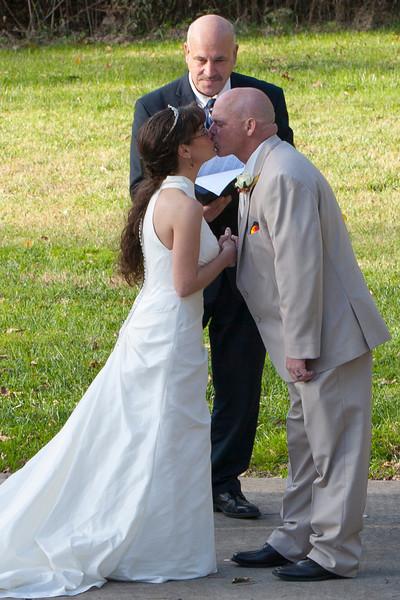 Royer Wedding, Stone Arch Bridge Lewistown, PA wedding the kiss stone arch bridge, lewistown, pa _mg_2569aBK.jpg
