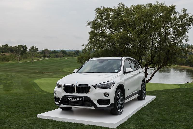 BMW049084337.jpg