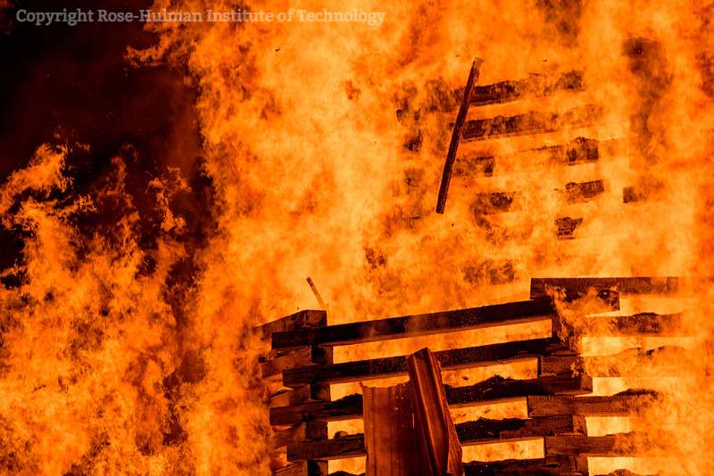 RHIT_Homecoming_2017_BONFIRE-12216.jpg