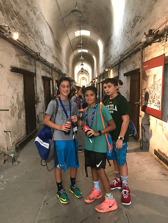 Seventh Graders Experience Art, History, Culture, and Food During Two-Day Trip to Philadelphia