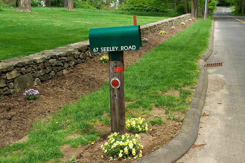 Mail Box 2.jpg