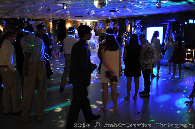 2014-05-10_ASCS_8thGradeDance@SchoolDE_088.jpg