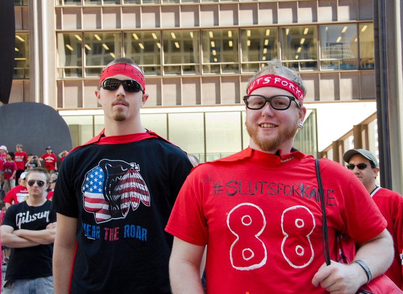ChicagoBlackhawkParadeSlutPairDSC_4899.jpg
