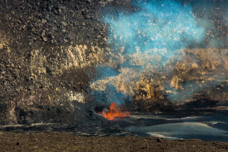 volcano eruption Halamaumau Crater LRE -3538.jpg