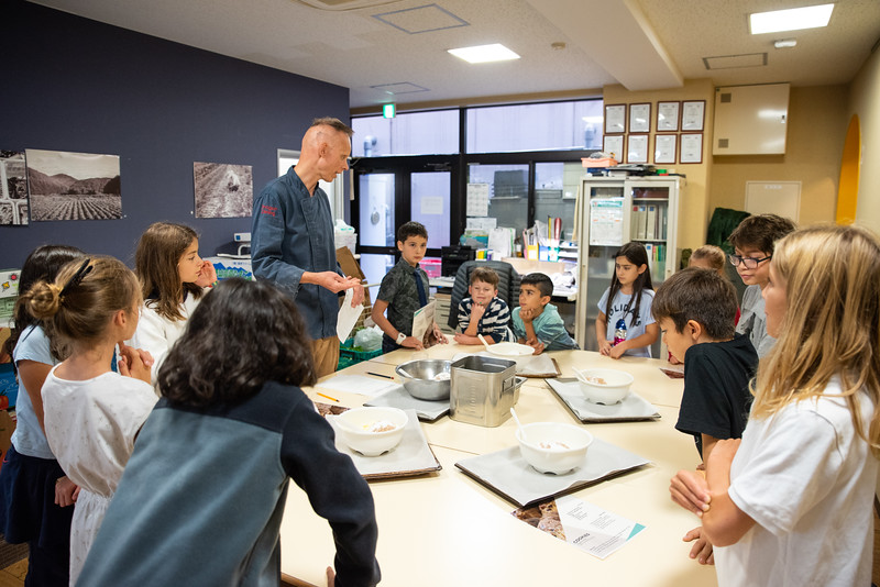ES After School Activities-Cooking with Dragon Dining-ELP_2241-2018-19.jpg
