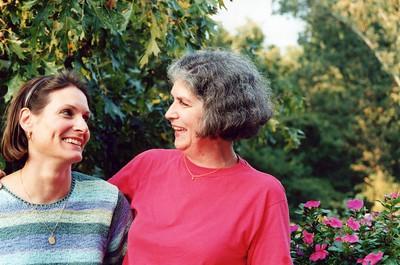 9-25-1999 Pam Ianello & Janie Clement @ My deck