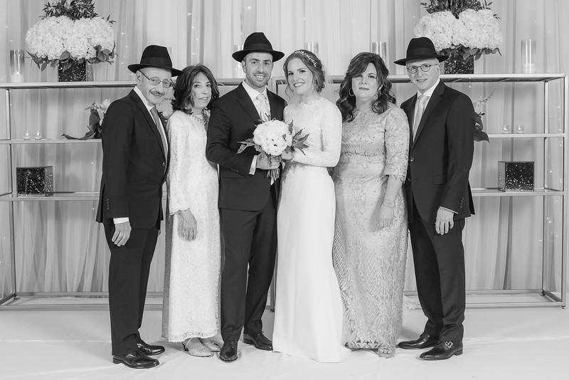 Miri_Chayim_Wedding_BW-645.jpg
