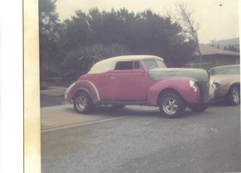 1940 Ford (original Carson top)