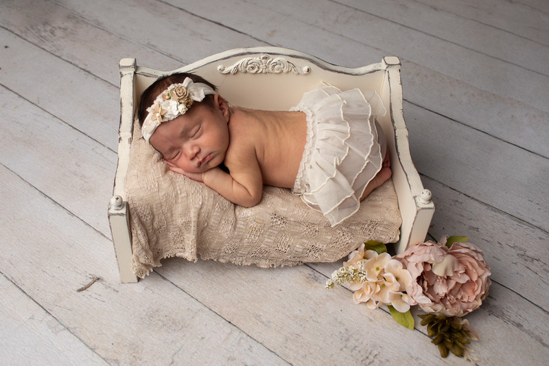 Baby Victoria-11.jpg