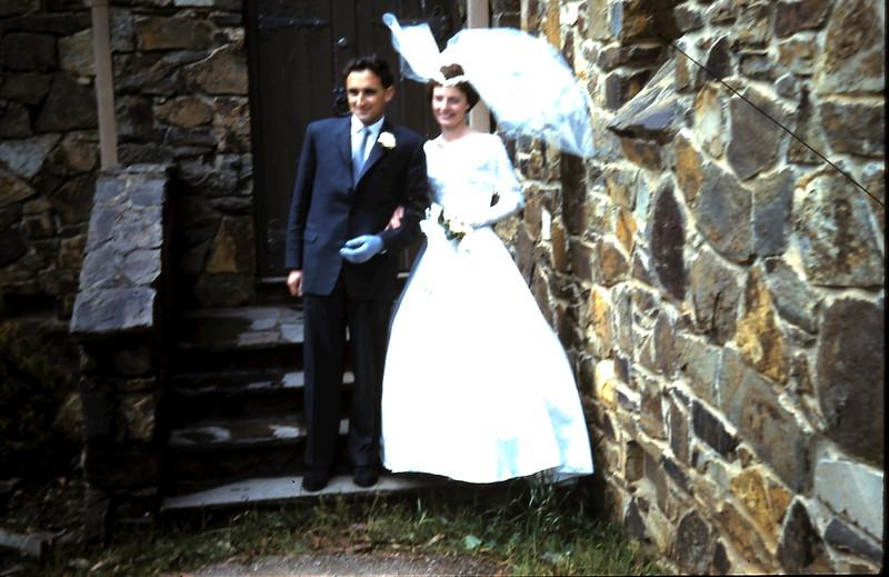 1960-11-5 (2) John & Gill.JPG