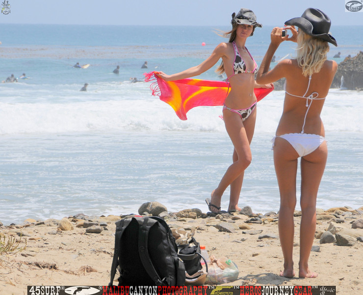 leo carillos surf's up beautiful swimsuit model 45surf 1572,,4,4,4