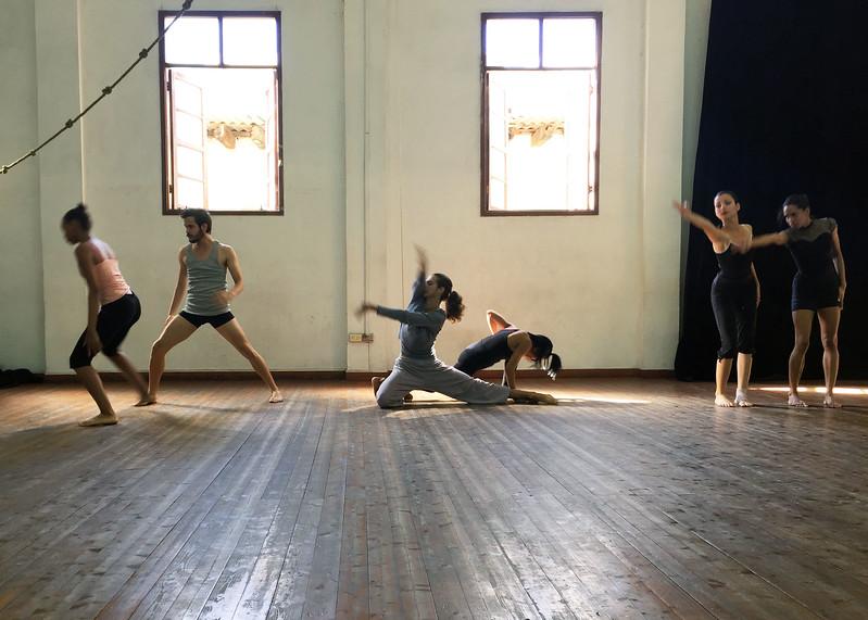 Modern dance with the Compañía Rosario Cárdenas - Kristin Cass