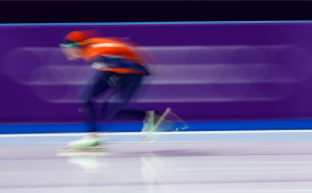 . Jorien ter Mors of The Netherlands skates to a new Olympic record on the women\'s 1,000 meters speedskating race at the Gangneung Oval at the 2018 Winter Olympics in Gangneung, South Korea, Wednesday, Feb. 14, 2018. (AP Photo/John Locher)