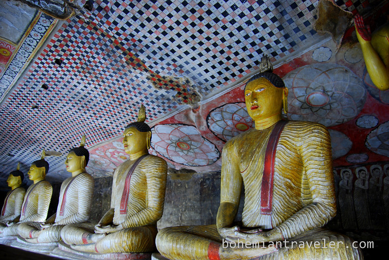 Cave Temples at Dambulla (3).jpg