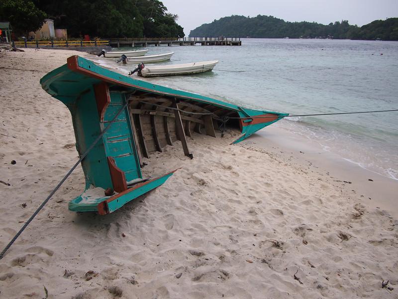 P1255700-old-fishing-boat-iboih.JPG