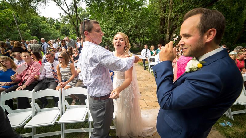 Garrett & Lisa Wedding (503).jpg