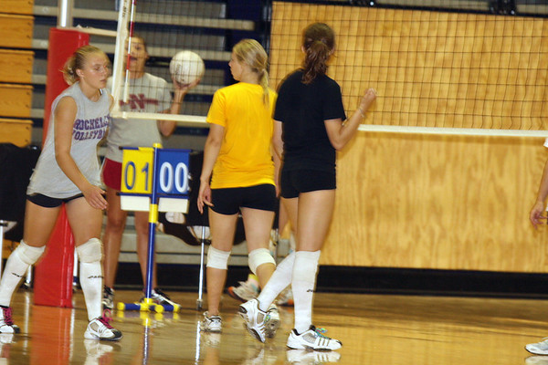 2007 HUBS VOLLEYBALL CAMP