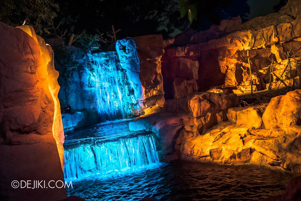 Singapore Zoo Rainforest Lumina - Call of the Wild waterfall