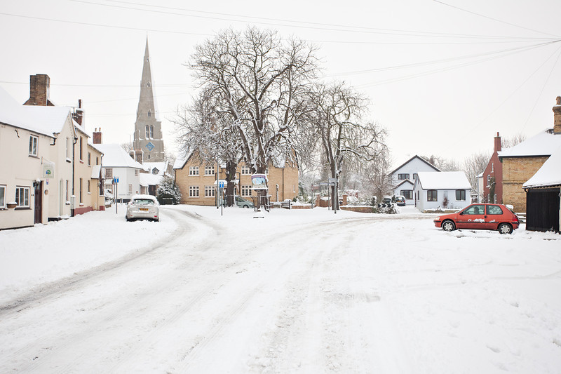 Spaldwick in the snow_4988907767_o.jpg
