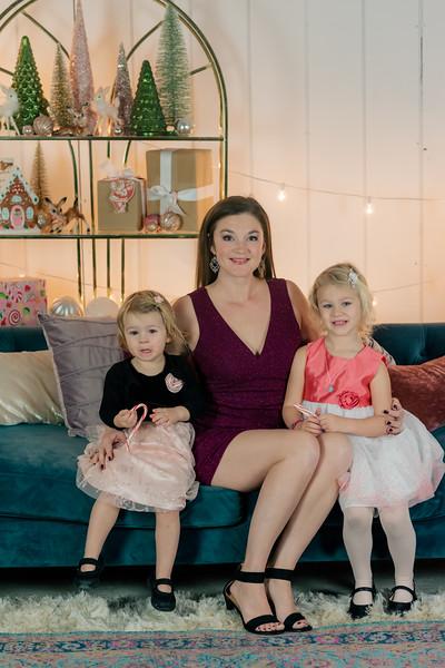Therrien Family December 2020-17.jpg