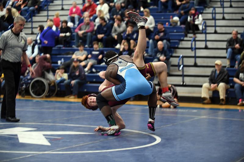 wrestling_2726.jpg