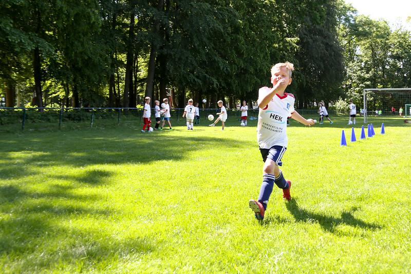 hsv_fussballschule-467_48047957191_o.jpg