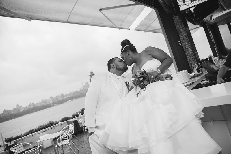 MER__0773_tonya_josh_new jerrsey wedding photography.jpg