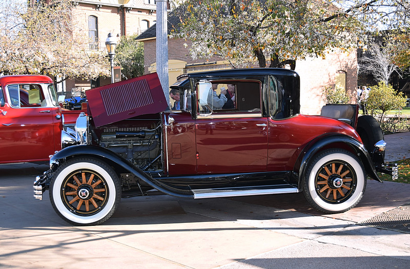 Buick 1929 Rumble Seat Coupe side lf.JPG