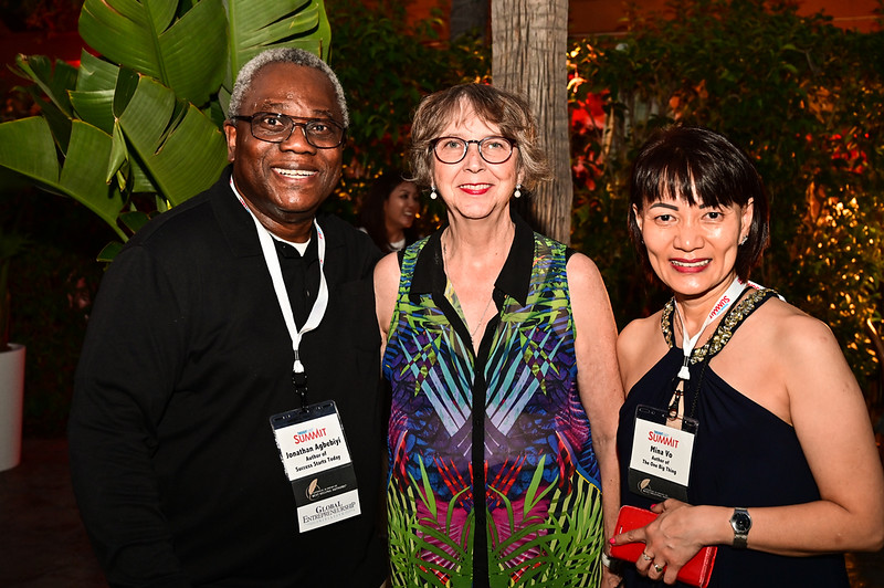 2019TLS_Cocktail_Party_059.JPG