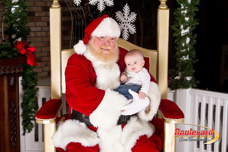 Santa Dec 8-161.jpg