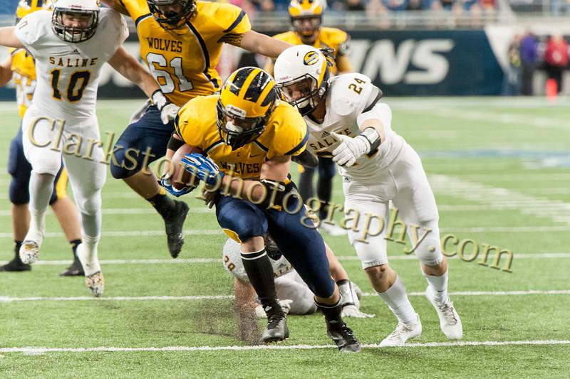 2014 Clarkston Varsity Football vs. Saline 487.jpg