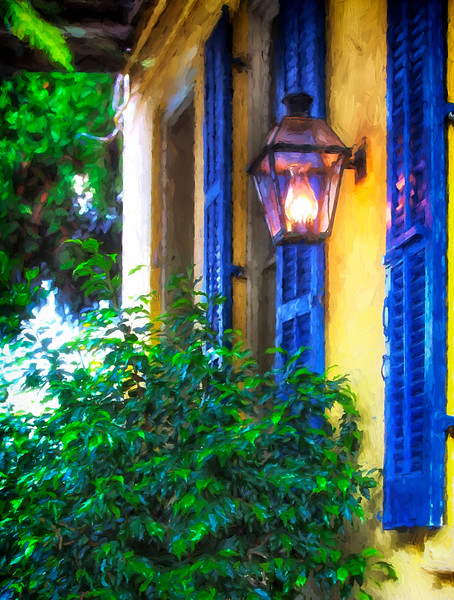 Blue shutters_V0A3943.jpg