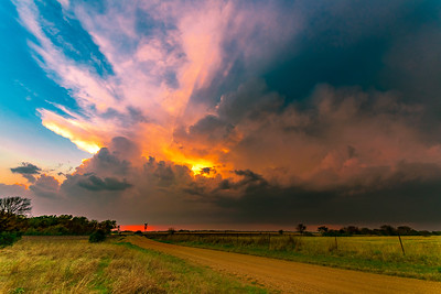 Trails West ~ Storm Chasing / Grand Landscapes & Nature from west of Appalachia