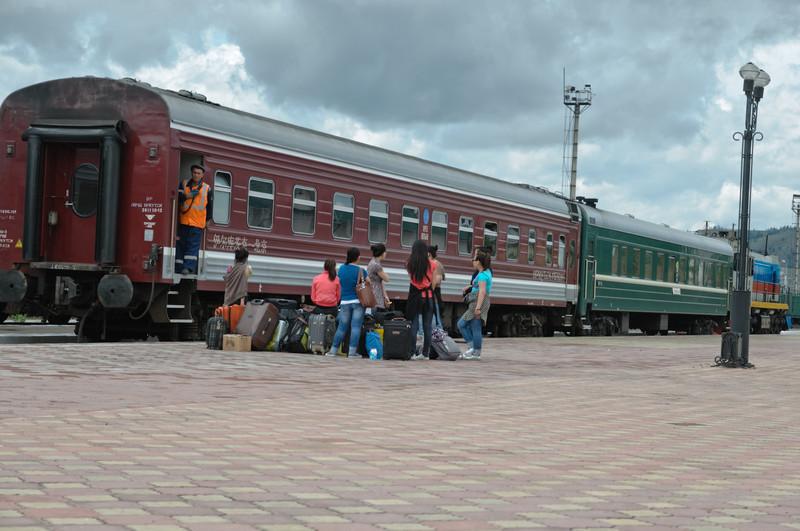 Auf dem Bahnhof in Naushki wird viel rangiert.