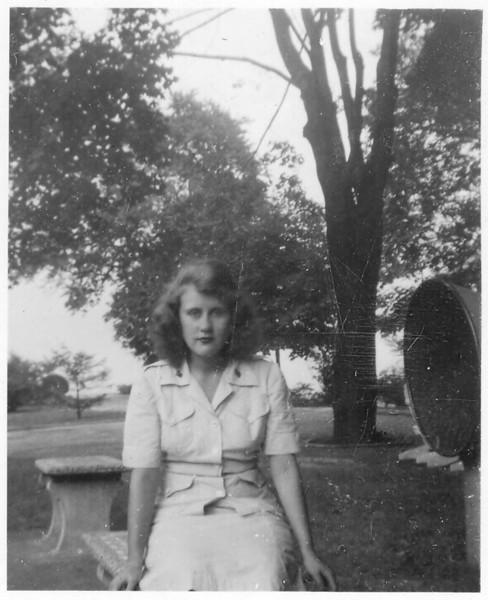 1944 Lillian Turner Sgt.jpg