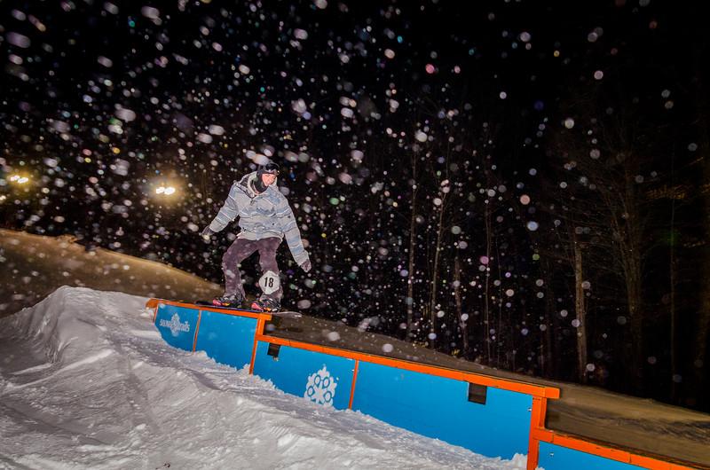 Nighttime-Rail-Jam_Snow-Trails-113.jpg