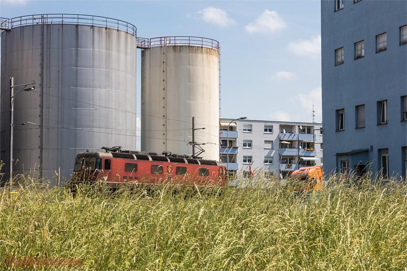 2017-05-31 Dreilaendereck + Rheinhafen Basel -7969.jpg