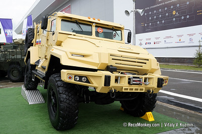 ARMY-2019 - Static displays part 2: Armored and tactical vehicles