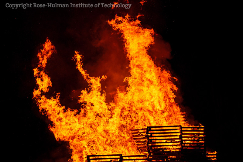 RHIT_Homecoming_2019_Bonfire-7417.jpg