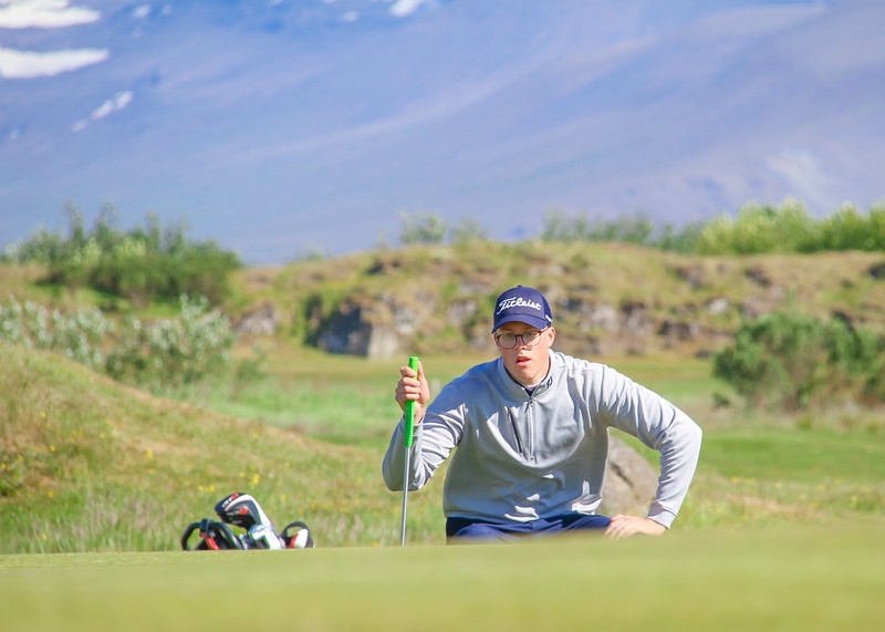 Jóhannes Guðmundsson, GR, við 9. flöt á Garðavelli.  Mynd/seth@golf.is