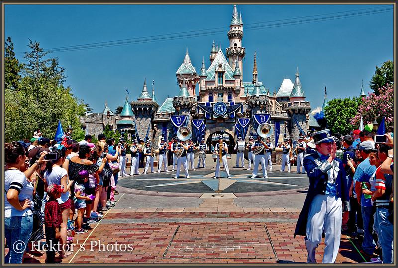 Disneyland Leica Q-9.jpg