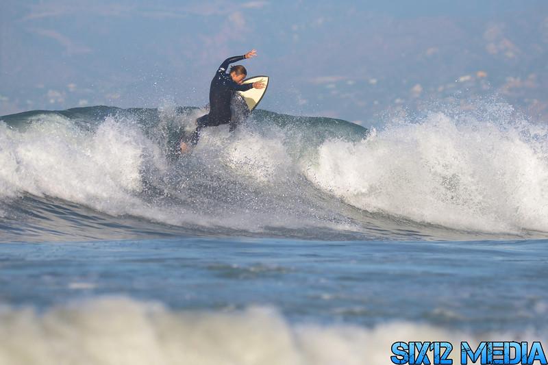 Venice Beach Pier Surf-161.jpg