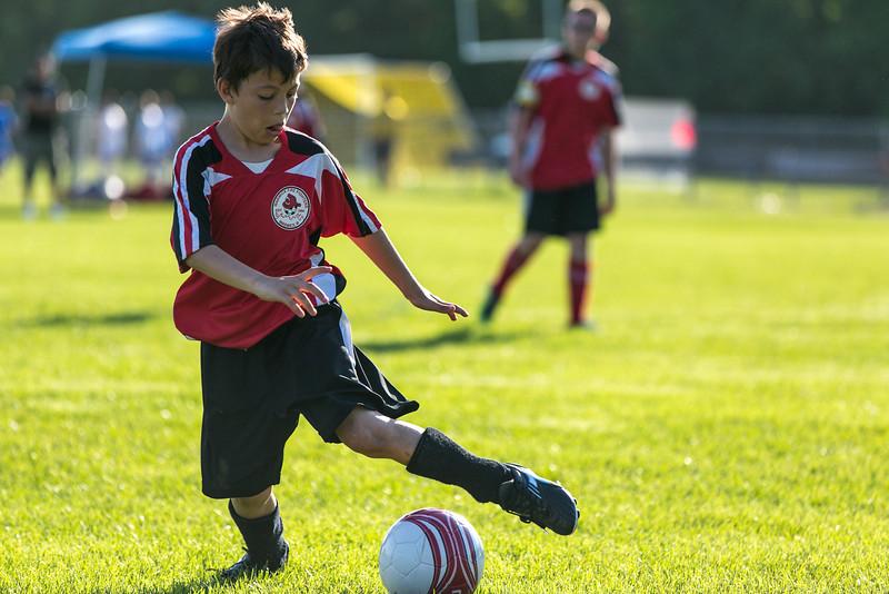 amherst_soccer_club_memorial_day_classic_2012-05-26-00378.jpg