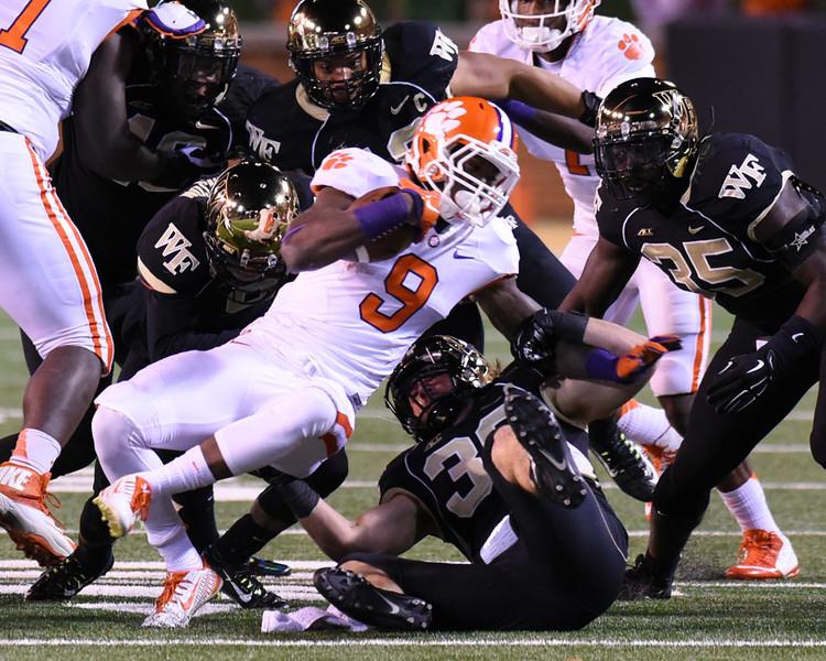 Defense tackles W Gallman.jpg