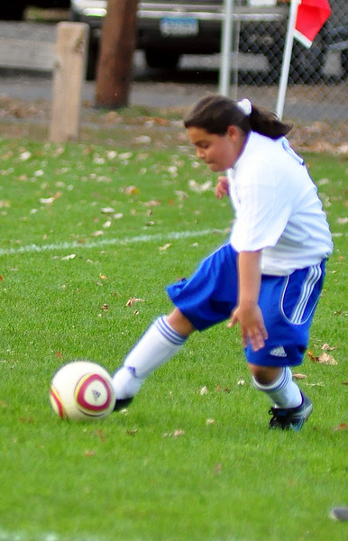 plainville u-11 girls soccer 10-17-10-027.jpg