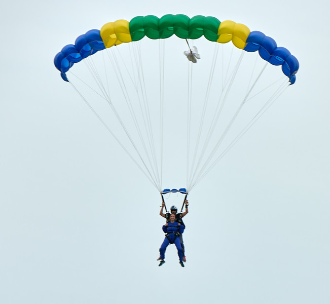 SkyDiveD85_9764 1.jpg