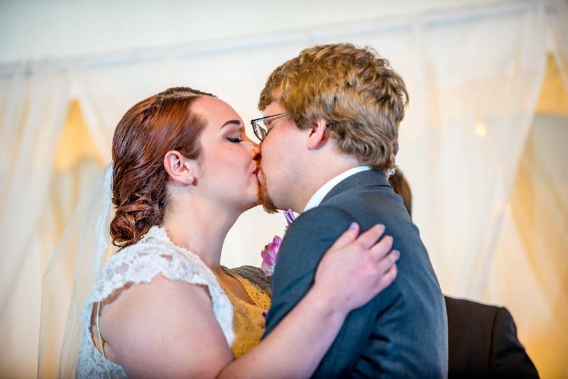 Bethany_Josh_Holmes_Wedding-0268.jpg